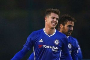 Chelsea on verge of losing midfielder whom Mourinho described as 'engine' on free transfer