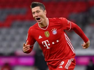 Robert Lewandowski has already hinted at being 'curious' on completing Chelsea transfer