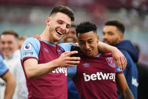 Declan Rice sends cryptic message amid Chelsea transfer interest